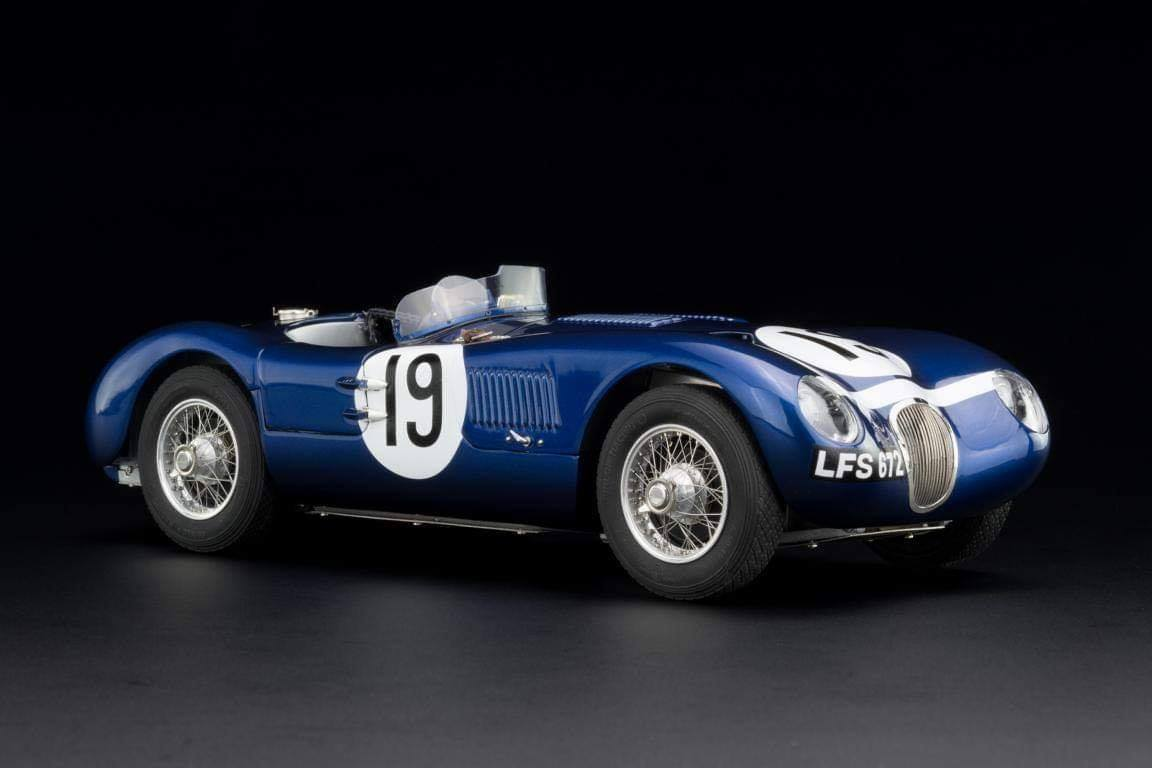 CMC #JAGUAR C-Type Racing Versions with the wonderful Ecurie #Ecosse #19, from the Goodwood Member´s meeting in 1954, driven by Jimmy Stewart (chassis XKC-052)..jpg